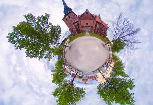 Little Planet Panorama Kirche 4